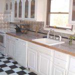 Delicate Daisies - Aluminum Backsplash Tile - #0607