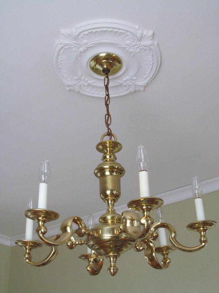 Fyi The Larger 6 Light Chandelier Was A Second Hand Purchase For Only 70 Smaller 3 Fixture Purchased New At Living Lighting In Ottawa