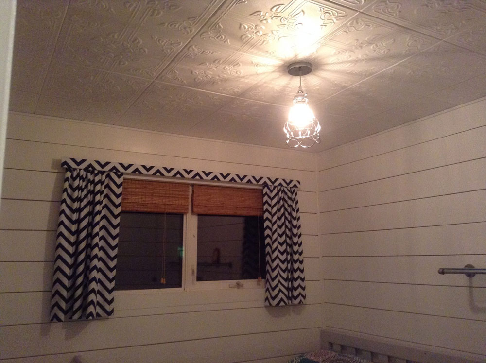 Ivy Leaves Styrofoam Ceiling Tile 20x20 R37 Dct Gallery