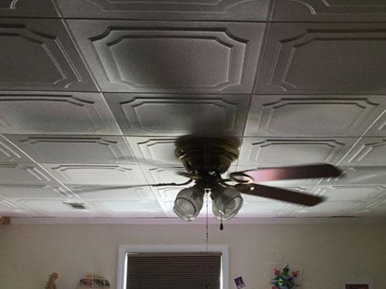 The Virginian – Styrofoam Ceiling Tile – 20″x20″ – #R08