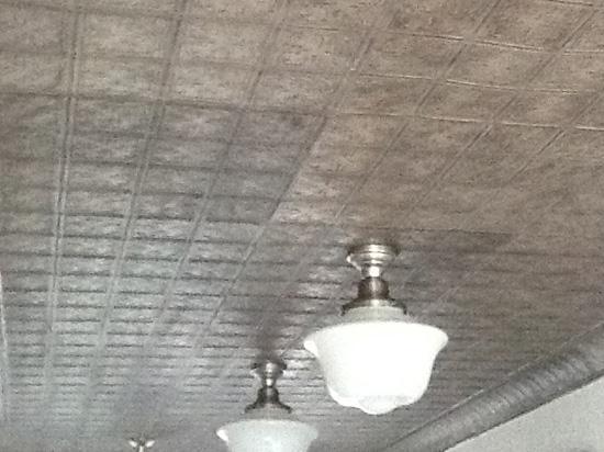 Mini Fluer de Lis – Aluminum Ceiling Tile – #0605