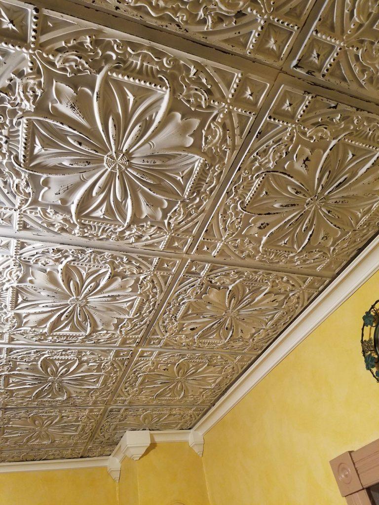 Polystyrene ceiling tile