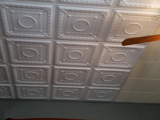 Romanesque Wreath Glue-up Styrofoam Ceiling Tile 20″ x 20″ – #R 47