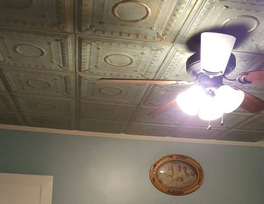 Romanesque Wreath – Styrofoam Ceiling Tile – 20″ x 20″ – #R 47