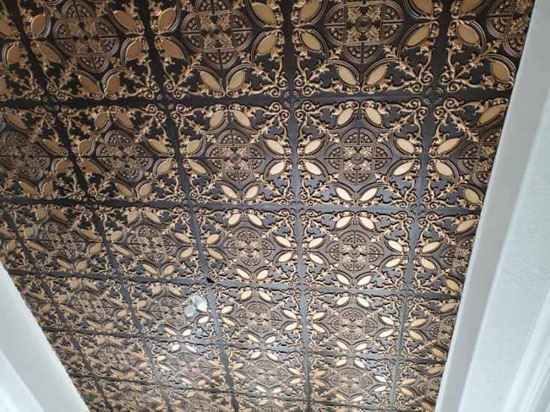 Golden Prague – Faux Tin Ceiling Tile – Glue up – 24″x24″ – #218