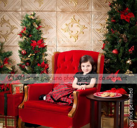 Diamond Wreath – Styrofoam Ceiling Tile – 20″x20″ – #R02