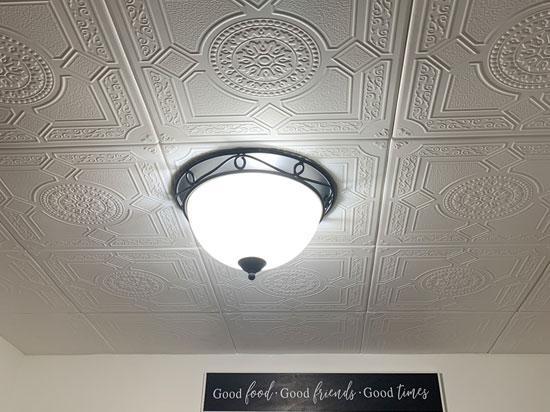 Kensington Gardens Styrofoam Ceiling Tile 20 in x 20 in – #R30