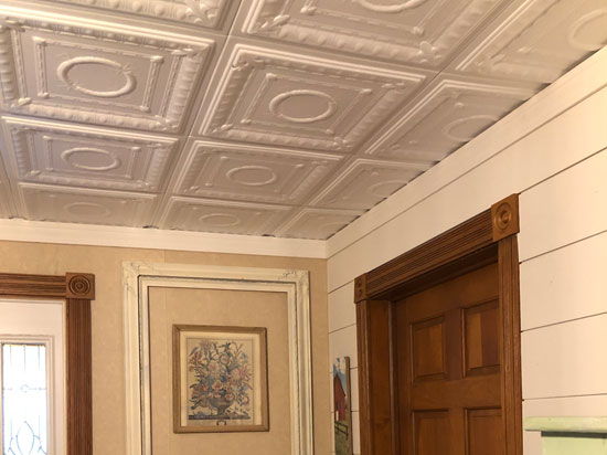 Romanesque Wreath Glue-up Styrofoam Ceiling Tile 20 in x 20 in – #R 47