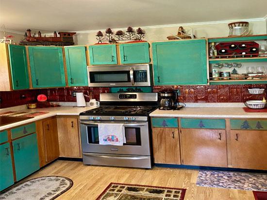 Gwen's Cabin – Aluminum Backsplash Tile – #0512