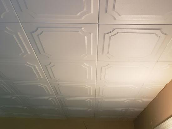 The Virginian Glue-Up Styrofoam Ceiling Tile 20 in x 20 in – #R08