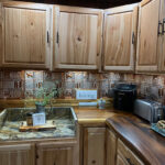 Gwen's-Cabin---Aluminum-Backsplash-Tile---#0512_1024